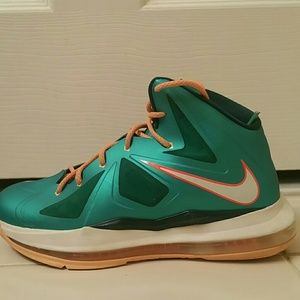timeless design 0fea7 7de88 Nike Shoes -   SOLD  NIKE LEBRON 10 MIAMI DOLPHINS